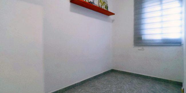 Habitación del piso en venta