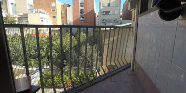 Piso Zona Centro Calle San Carlos balcón