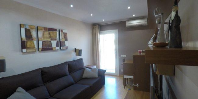 Salón del piso en venta
