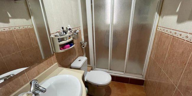 Piso Santa Coloma Avda Generalitat Can Peixauet baño