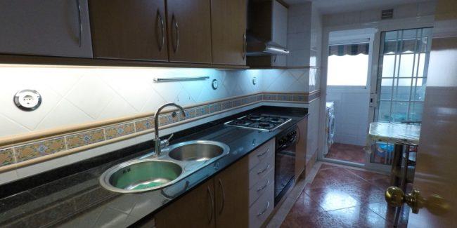 Piso Santa Coloma Zona Montigalà Cocina