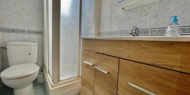 Piso Zona Rambla Sicilia baño