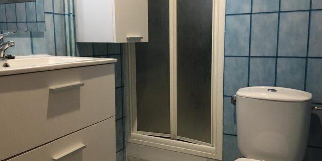 Piso Zona Avda Francesc Macia lavabo