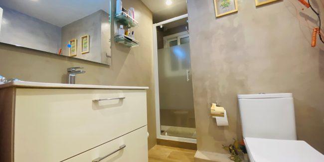 Piso zona verdaguer san justo baño