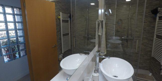 baño piso en venta santa coloma de gramanet noucasa avenida banús