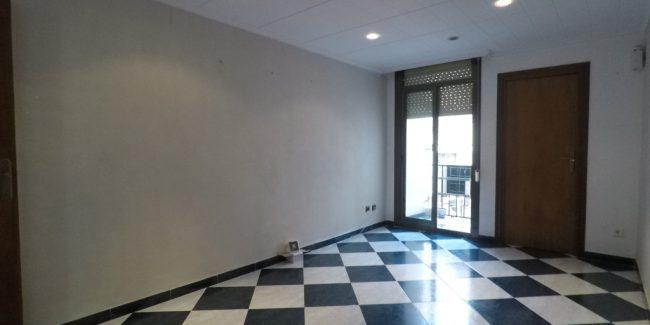 salon-piso-santa-coloma-rambla-san-sebastian-Noucasa.JPG